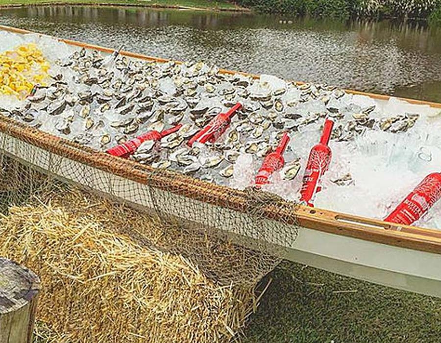 boat-of-oysters-raw-bar